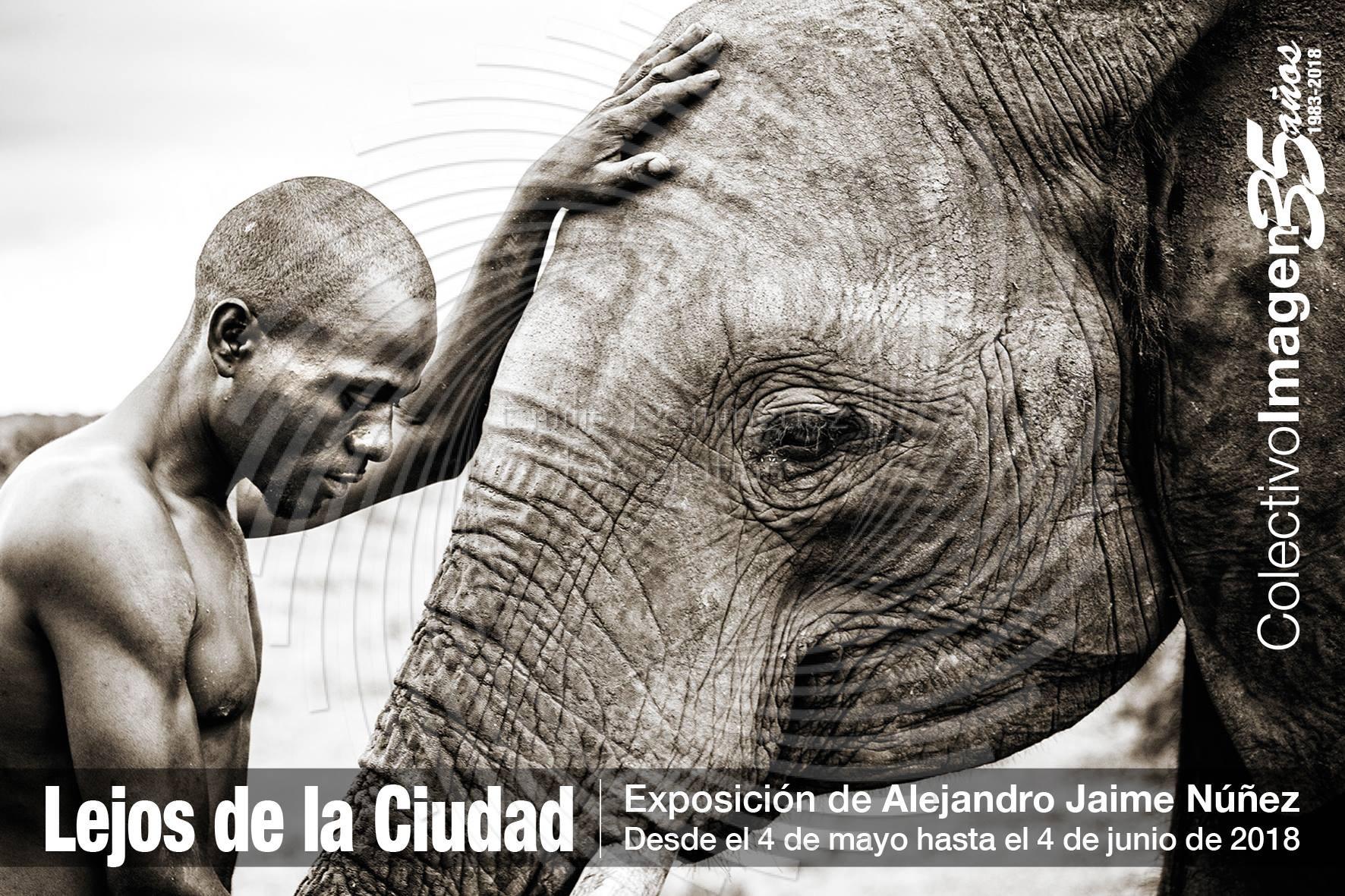 Lejos de la ciudad de alejandro jaime n ez en el colectivo imagen fuengirola emilio dominguez - Casa emilio benalmadena ...